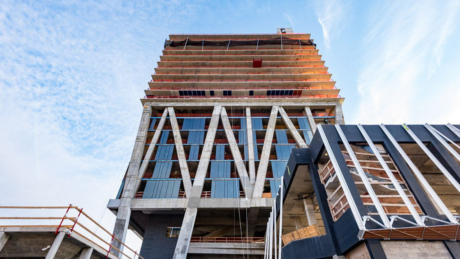 Williamsburg's Zany Hotel And Retail Building Tops Out Curbed NY. Full resolution  pic, nominally Width 1600 Height 900 pixels, pic with #1966B2.