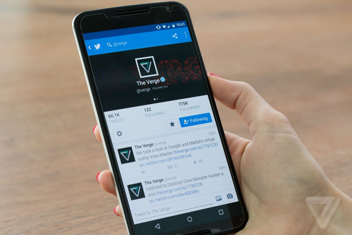twitter could start showing tweets out of order as soon as next ever since twitter first launched tweets have been organized in reverse chronological order that s one of the more straightforward aspects of a service