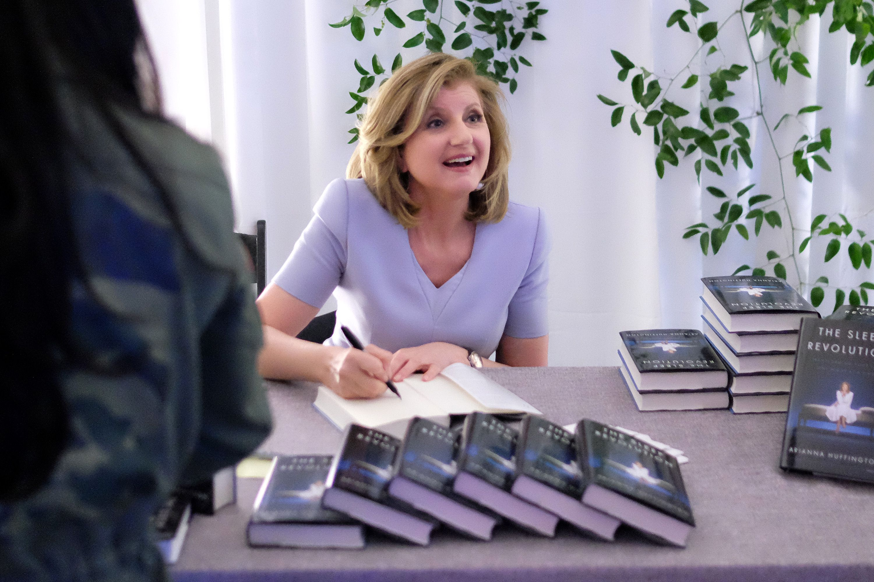 the ultimate wonk reading list 67 books the ezra klein show arianna huffington founder and editor in chief of the huffington post