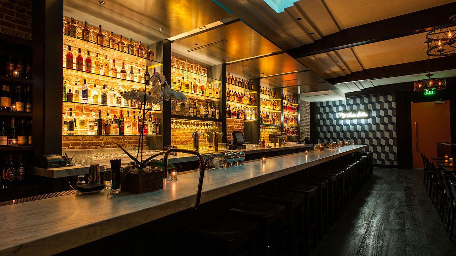 Jonathan gold admires erb s honest bar food eater la for Bar food la menu