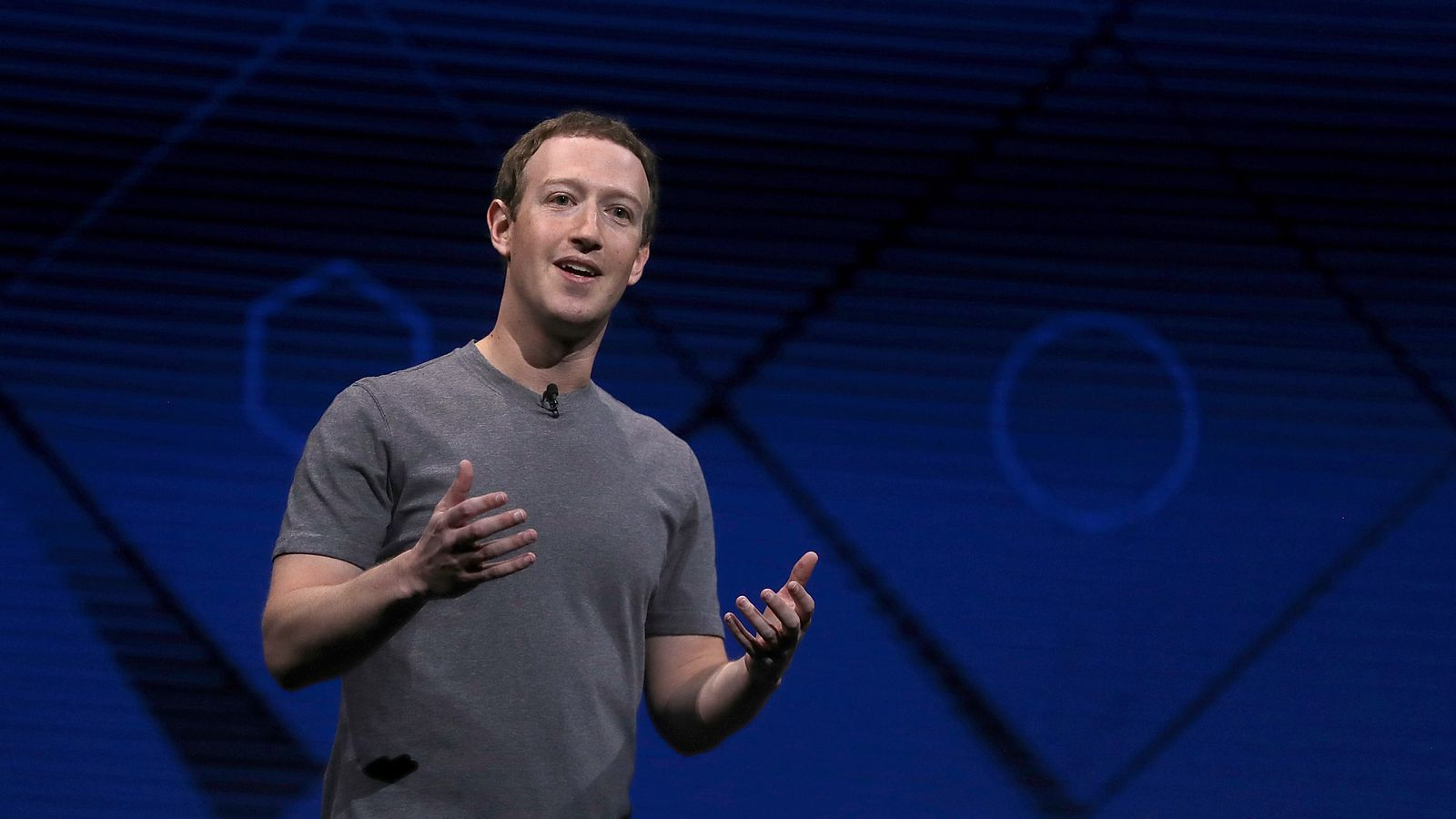 Facebook is offering publishers money to create produced video