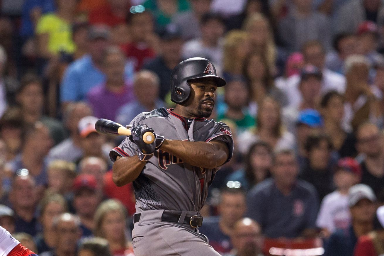 D-backs agree to trade sending Bourn to Orioles