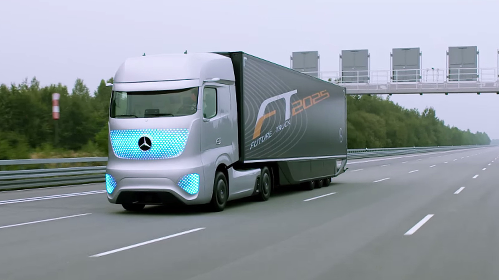 Mercedes Built A Self driving Truck That Could Save