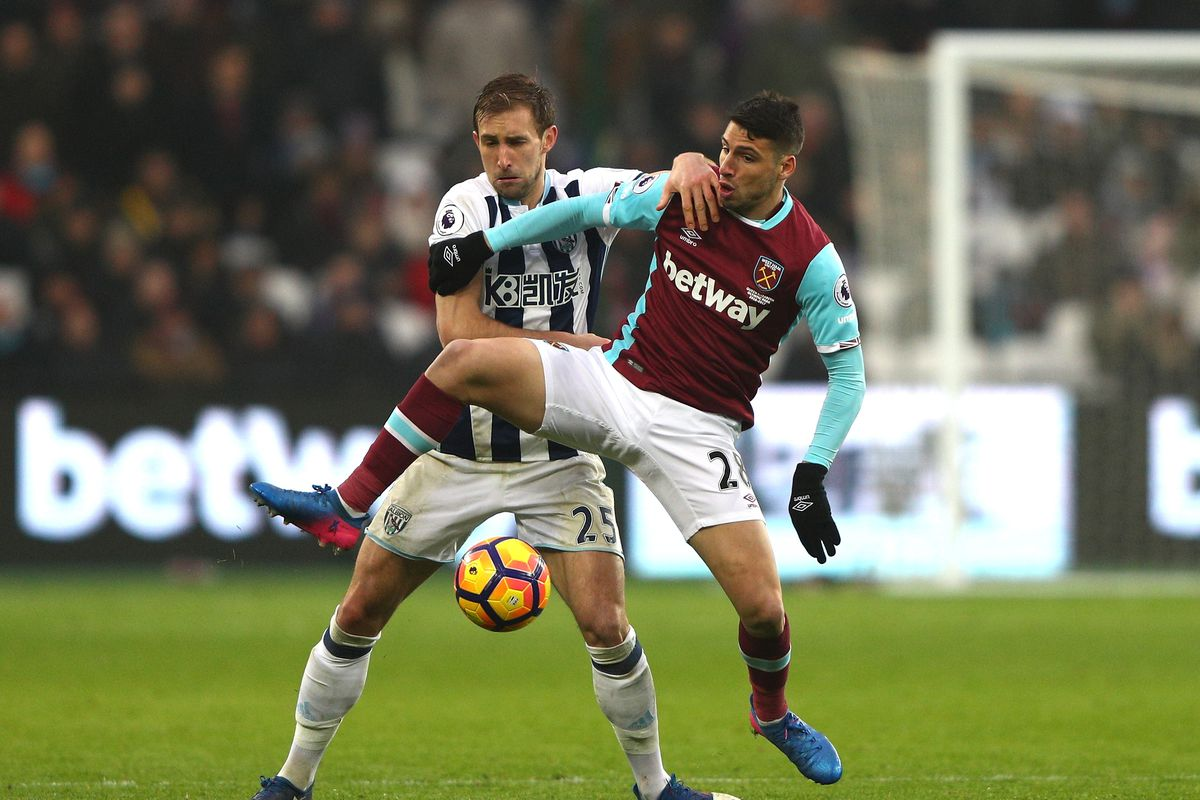 Borini gives Sunderland lifeline by clinching West Ham draw
