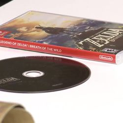 Cases for Switch games seem to be similar in size to those of PSP games.