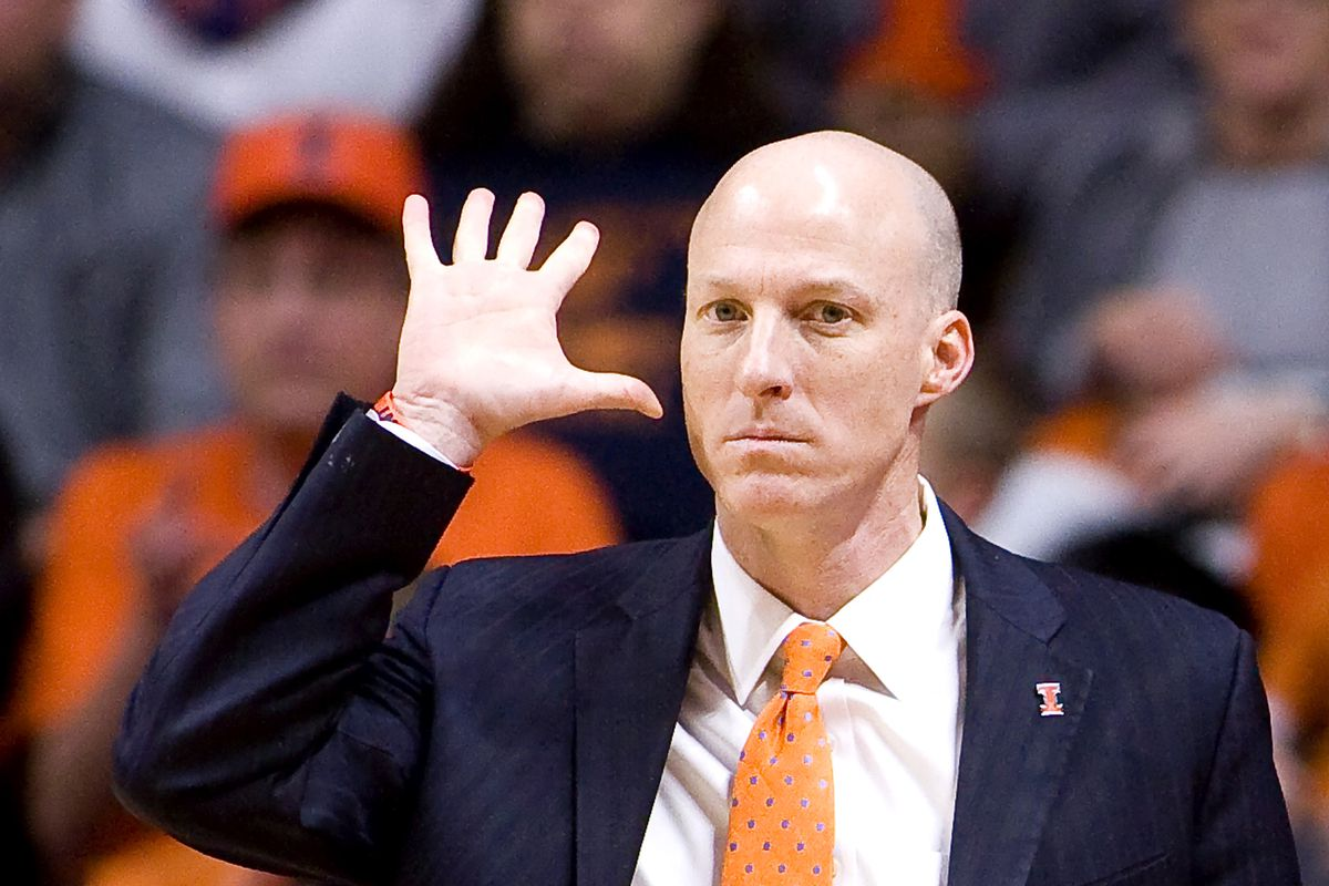 Akron hires former Illinois coach Groce to replace Dambrot