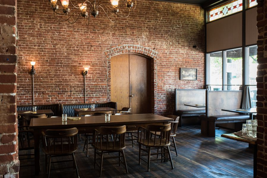 Tour The Decor Of Ambitious Historic Bit House Saloon