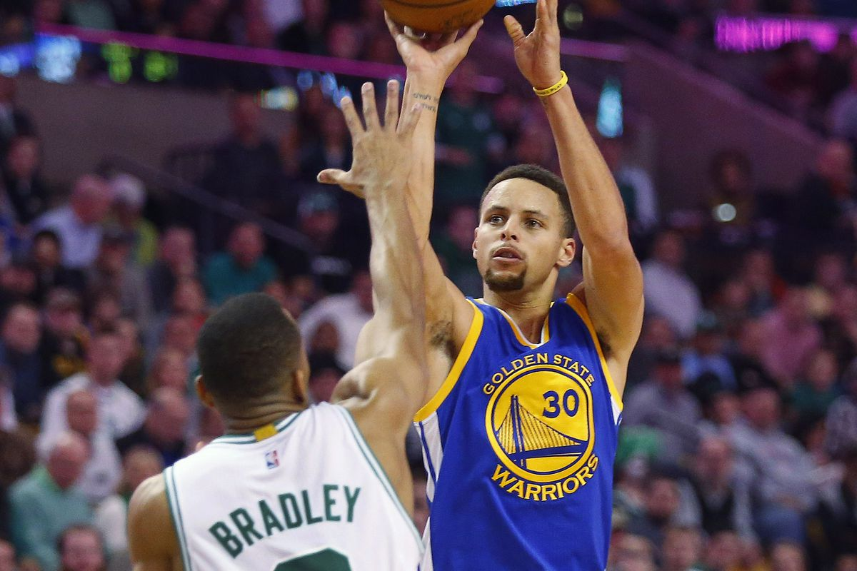 preview a feisty boston celtics squad s oracle to take on the warriors look to open their four game homestand a victory maintain their perfect home record demolish the all time win record of chicago