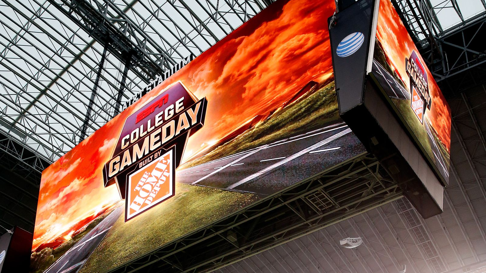 Where Should Espn S College Gameday Go For 2015 S