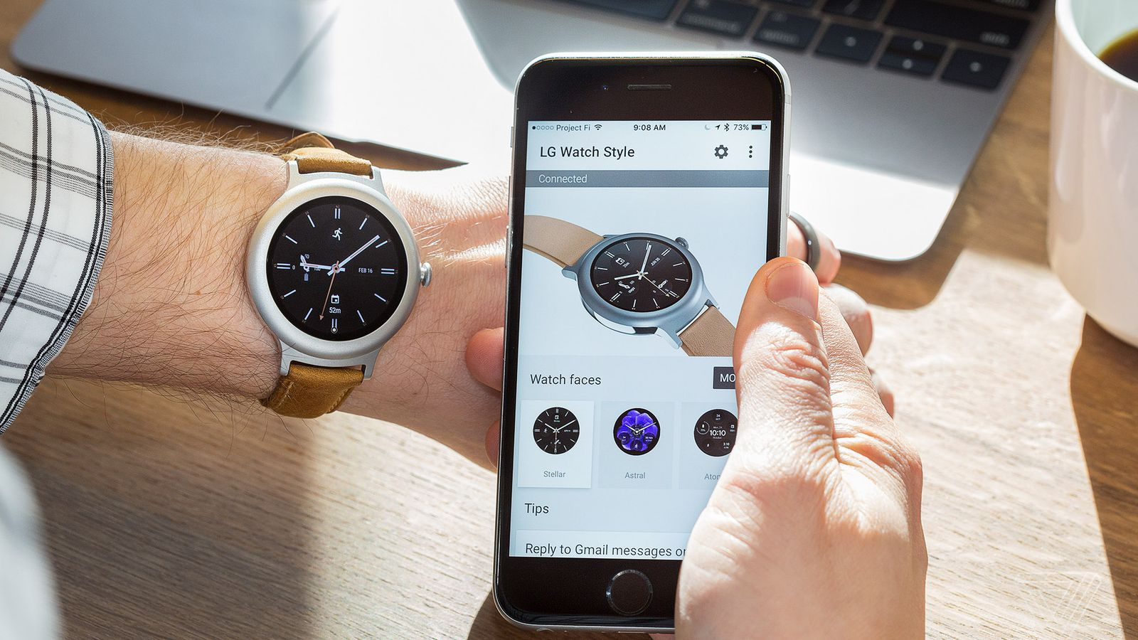 Android Wear with an iPhone Still Can't Compete with the Apple Watch