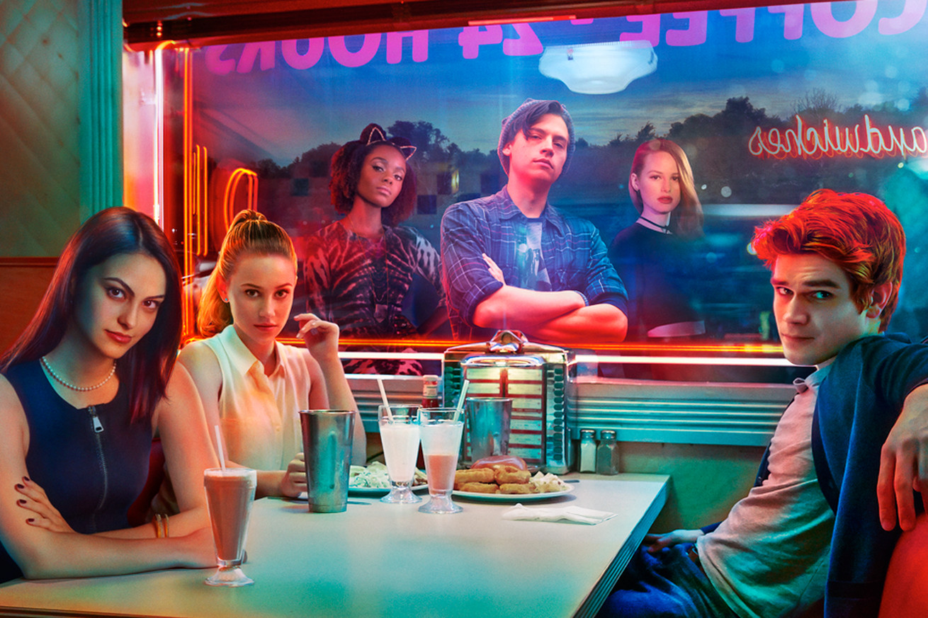 what to expect from riverdale now that you can binge it on netflix