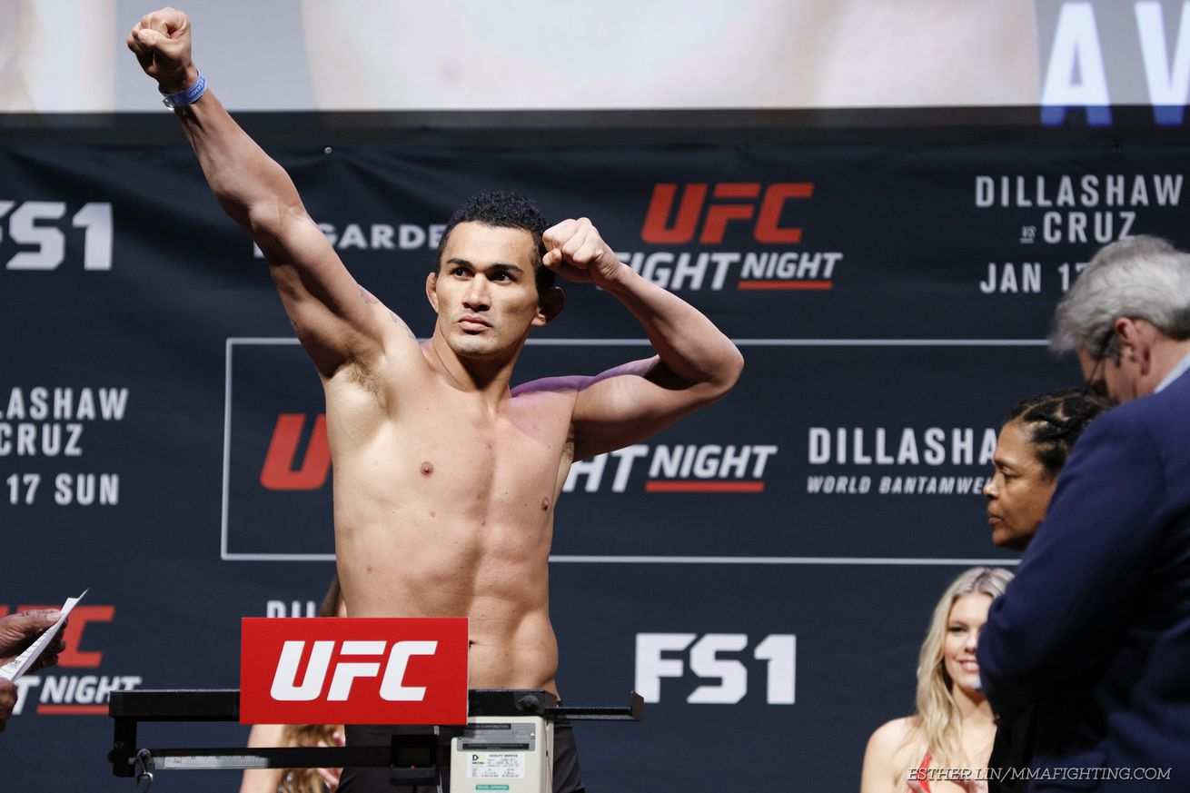 Francimar Barroso wants to avenge 'intentional headbutt with quick win over Darren Stewart at UFC London