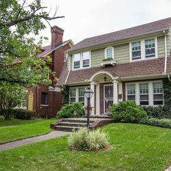 This Renovated Boston Edison Home Is Only Asking 175k
