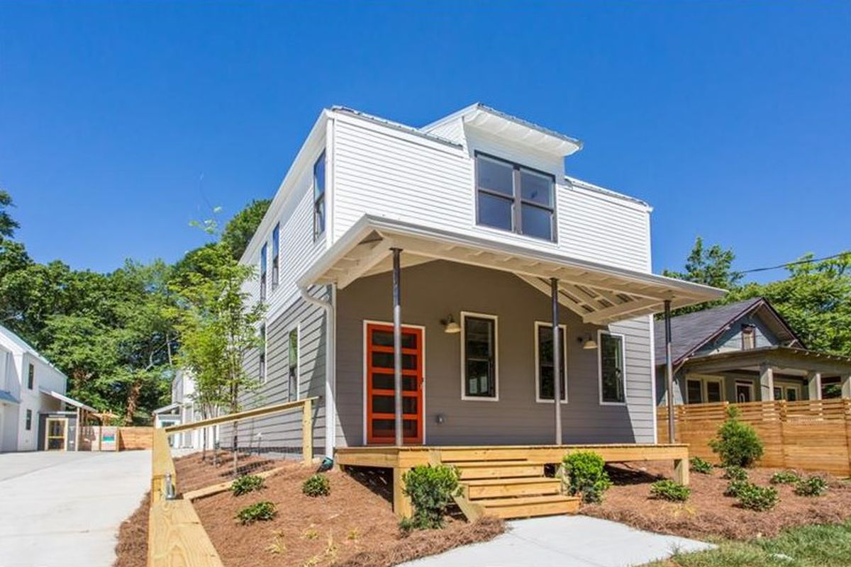 at 500k reynoldstown s latest duplex goes spartanly urban farmhouse curbed atlanta. Black Bedroom Furniture Sets. Home Design Ideas