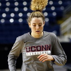 UConn's Katie Lou Samuelson warms up before their Sweet 16 practice.<br>