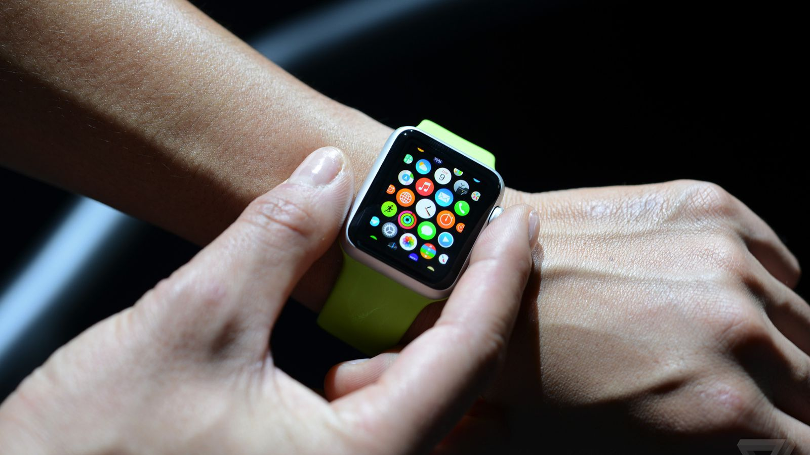 Apple Watch is getting a Theater Mode in next update