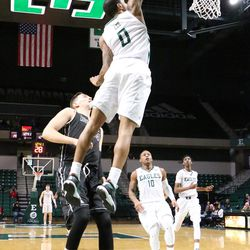 Raven Lee scoring two of his 21 points today.<br>