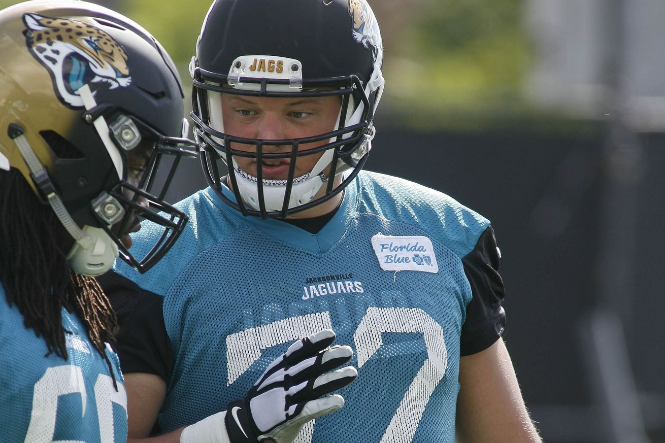 Josh Wells re-signs with Jaguars