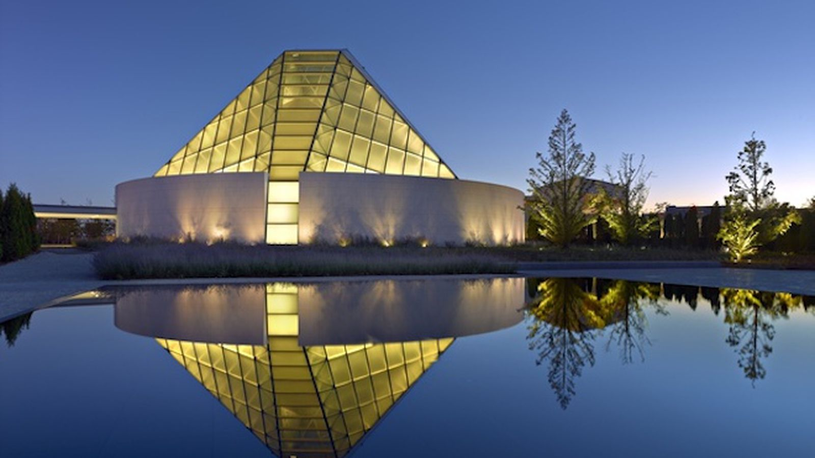 5 Memorable Buildings By Charles Correa The Late Great