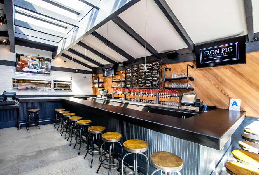 Iron Pig Alehouse Hits Pacific Beach With Barbecue And