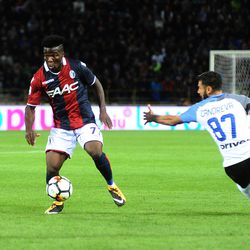 Godfred Donsah of Bologna FC in action during the Serie A match between Bologna FC and FC Internazionale at Stadio Renato Dall'Ara on September 19, 2017 in Bologna, Italy.