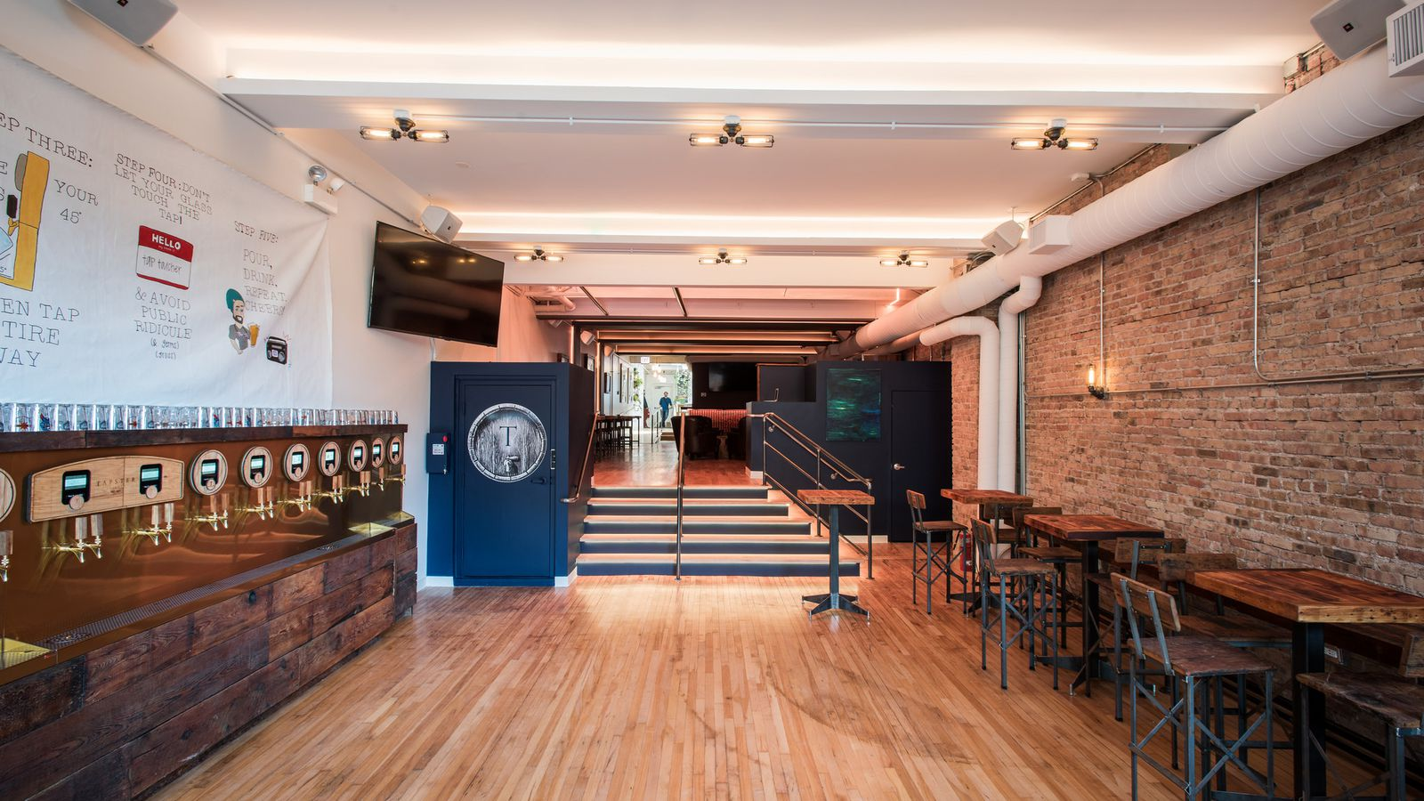 Inside Chicago's First Pour-All-Your-Own-Beer Bar, Tapster ...