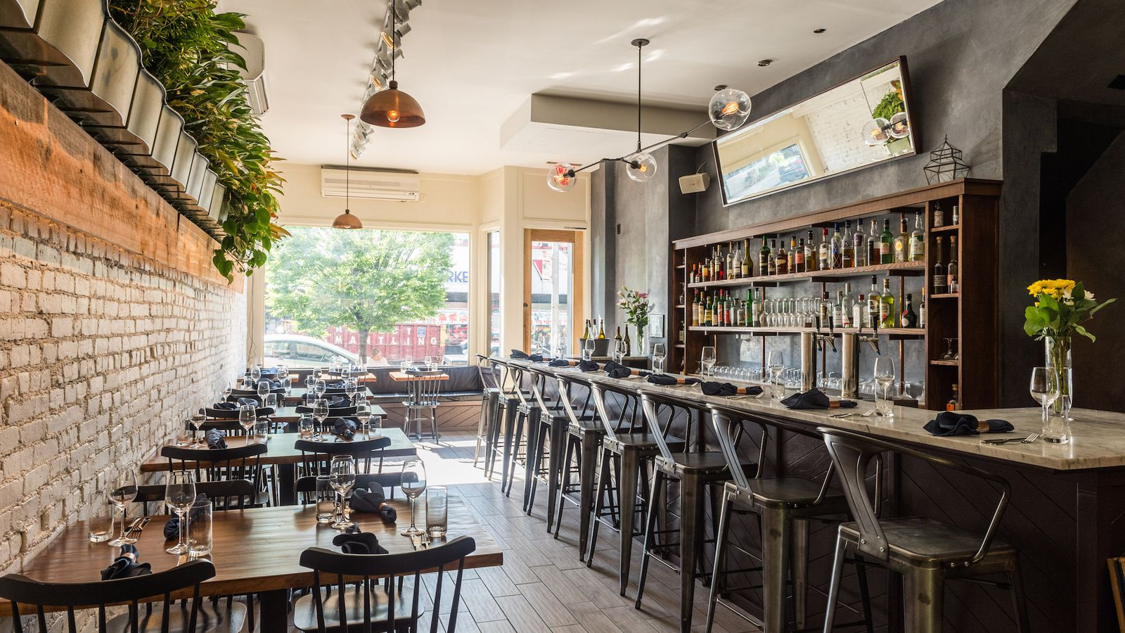 Olmsted a prospect heights restaurant from an alinea alum for Best boutique hotels nyc 2016