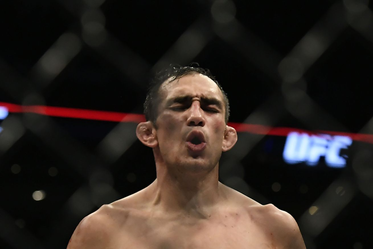community news, Tony Ferguson rips Conor McGregor on Twitter, tells him to 'defend or vacate' lightweight title