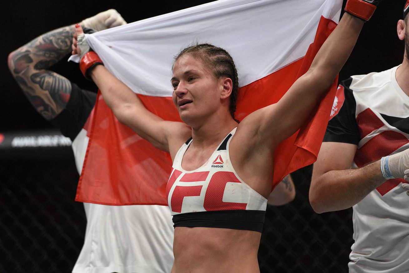 community news, Latest UFC rankings update: Karolina Kowalkiewicz rises, Robbie Lawler falls following UFC 201 in Atlanta