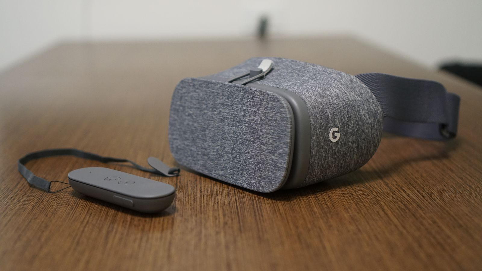 A week with Google's Daydream, why Facebook should be nervous