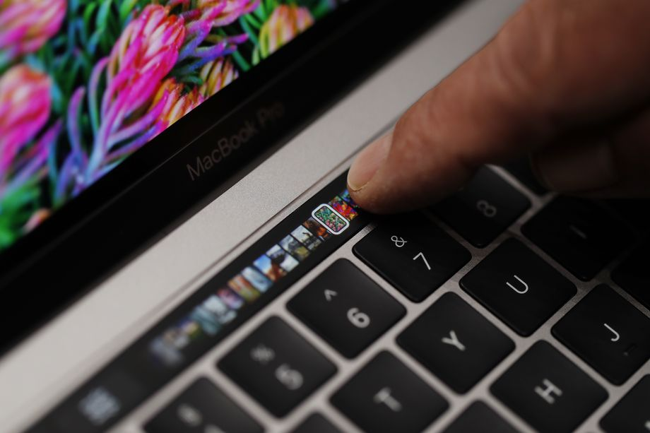 The MacBook Pro's new Touch Bar brings macros to the masses: It's an important evolution of Apple's contribution to user interface design