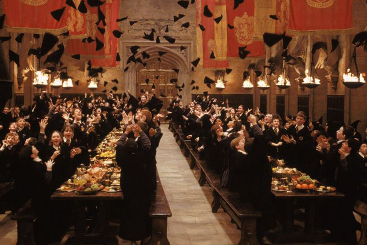 Harry Potter Fans Can Now Have A Christmas Feast Inside
