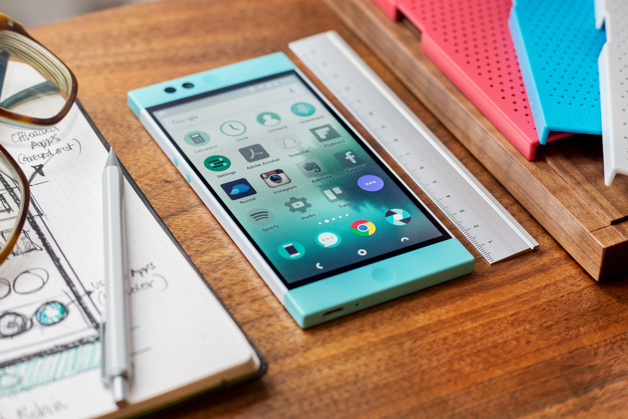 Nextbit Robin review: a smartphone in the clouds | The Verge