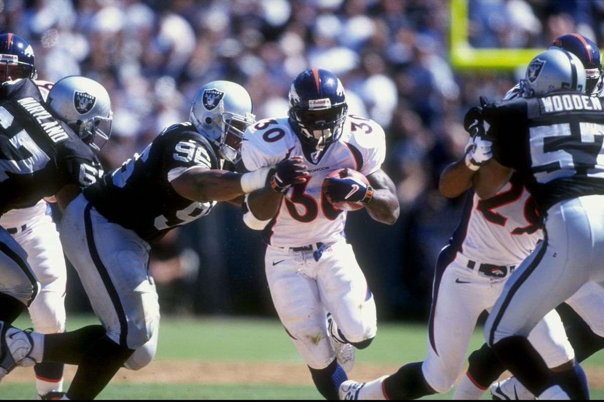 reason terrell davis owns two of the best regular seasons in the next in our countdown of the 30 reasons td is a hall of famer he has two significant accomplishments other hall of fame running backs do not