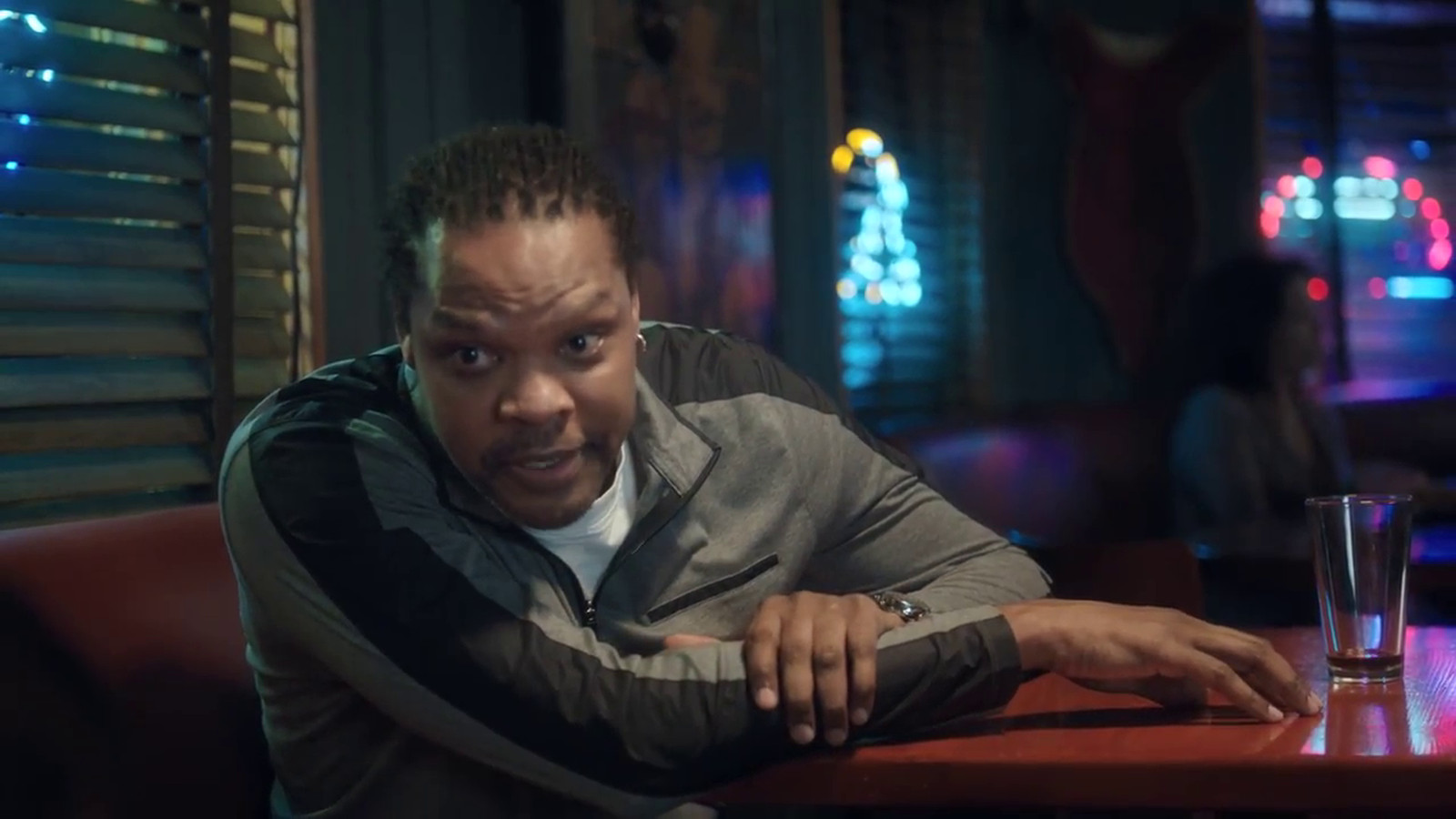 Latrell sprewell gives pessimistic life advice to young girl in