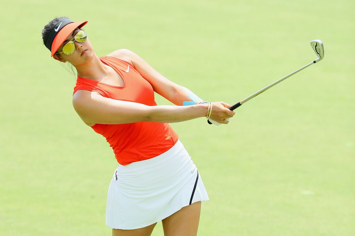 Wie back in contention to end trophy drought