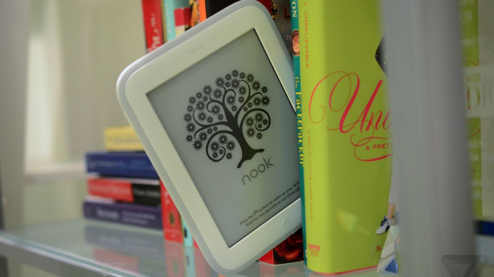 Barnes Amp Noble S New Nook Glowlight Is Lighter Faster