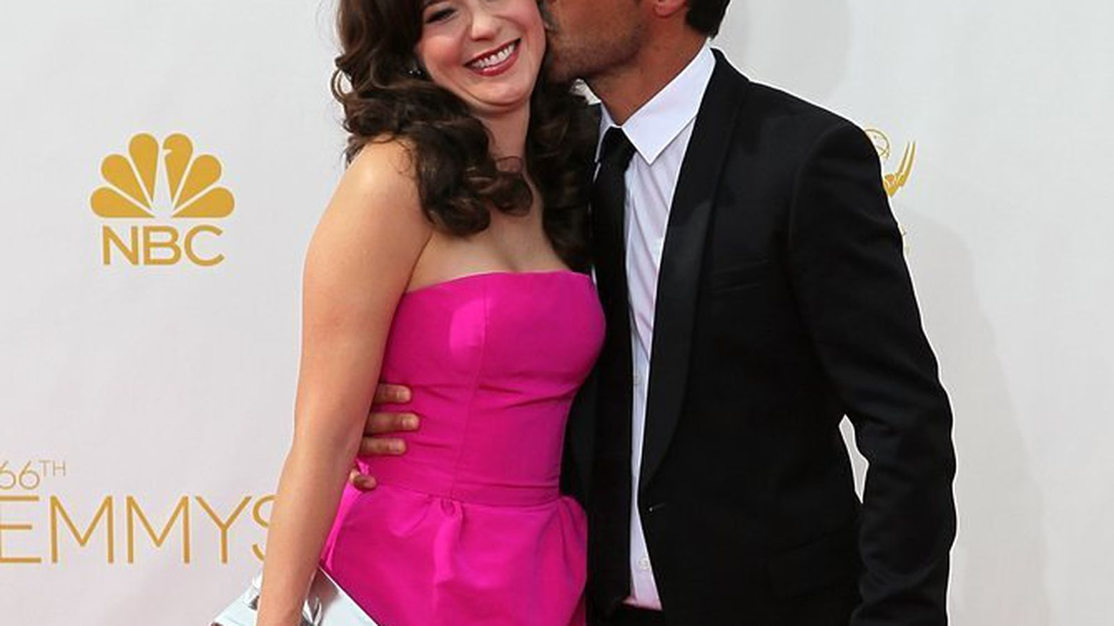 Zooey Deschanel Is Pregnant With a Baby That'll Probably ...