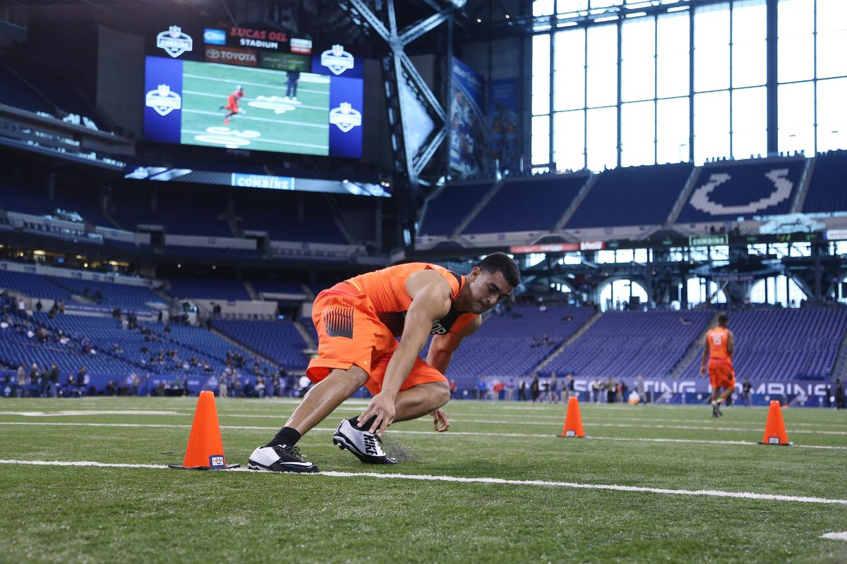 Nfl Combine Drills Explained Shuttle Run Sbnation Com