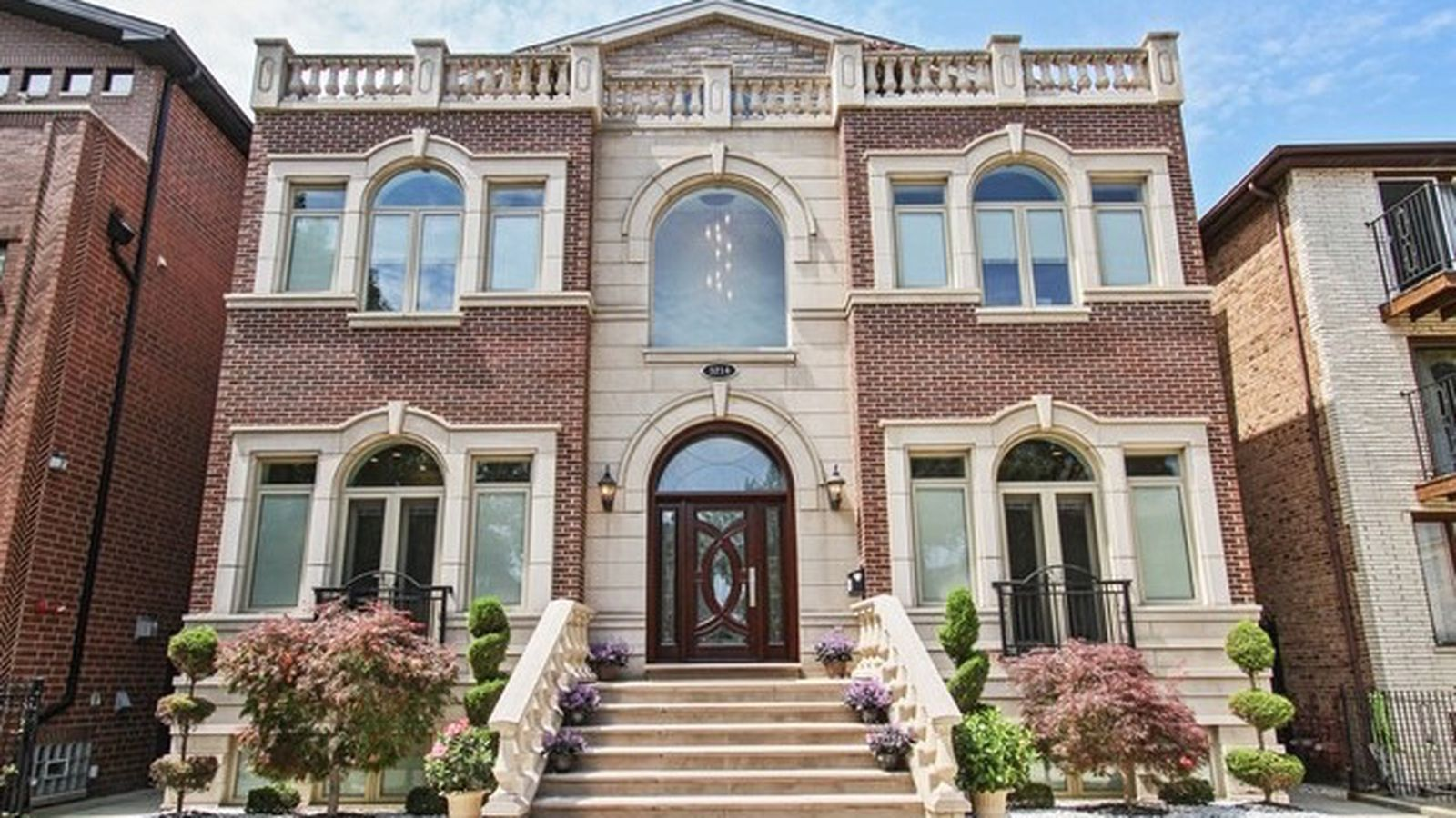 The most expensive home for sale in bridgeport is this 8 for House in chicago for sale