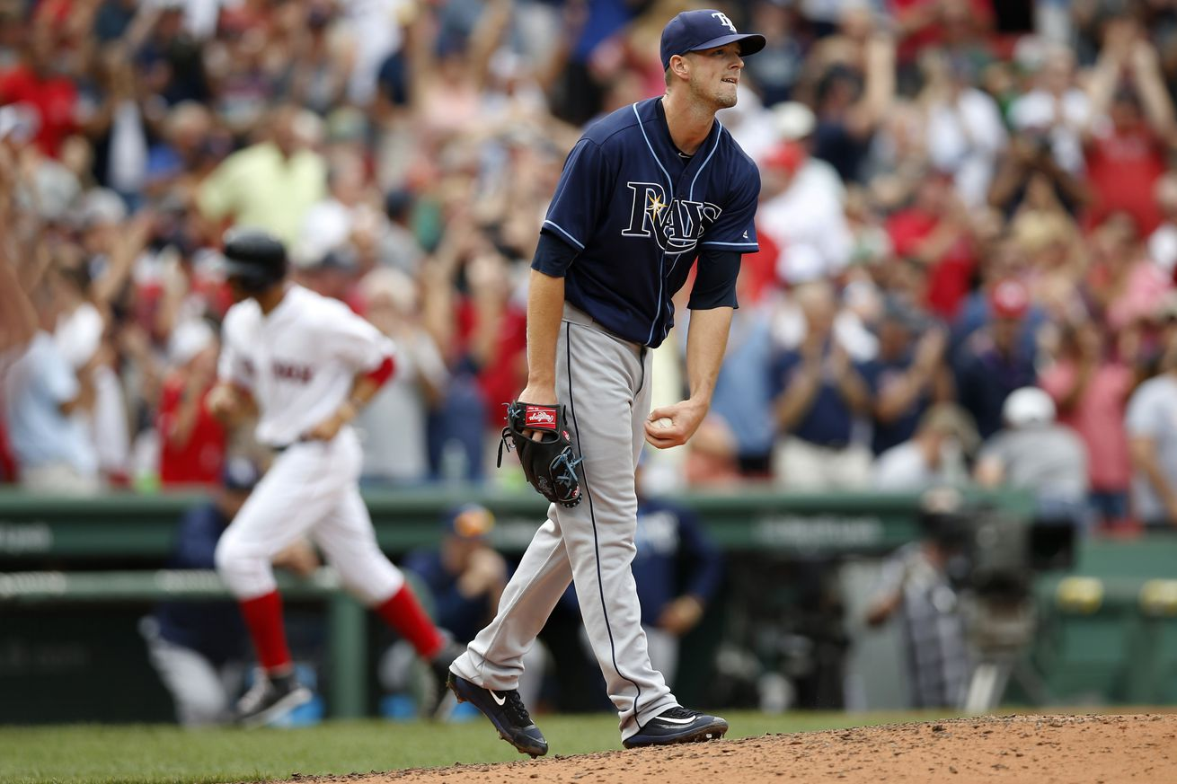 Beckham's Stroll Costly, Rays Lose Finale To Sox