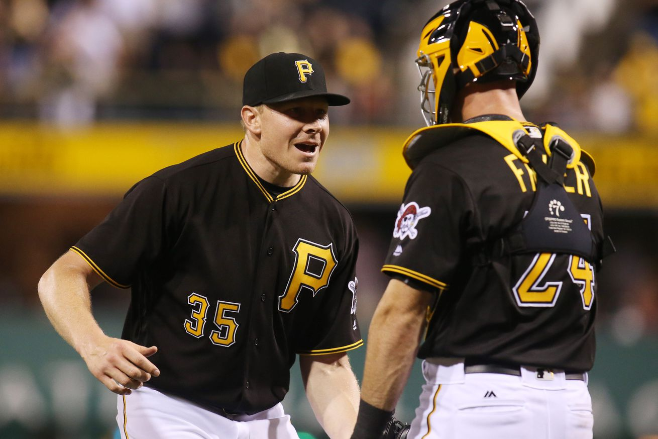 Nationals acquire closer Melancon from Pirates