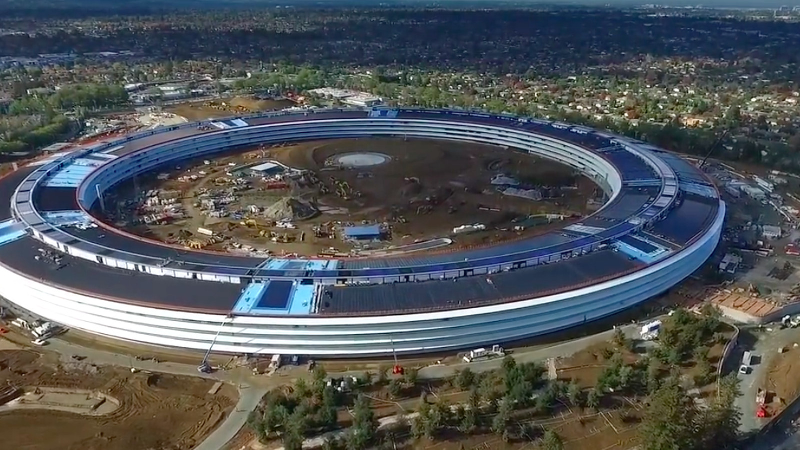 This new drone footage shows that Apple's 'spaceship campus' still has a long way to go