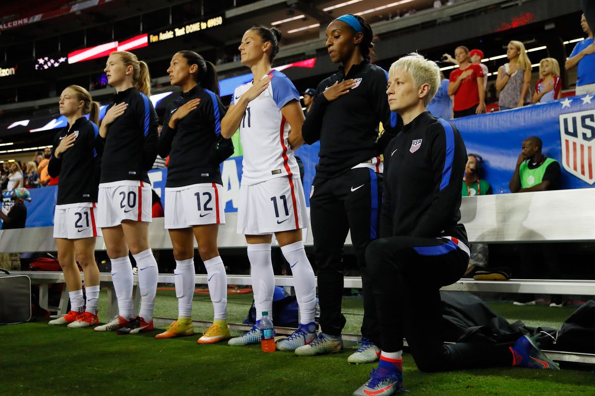 US Soccer implements rule requiring players to stand for national anthem
