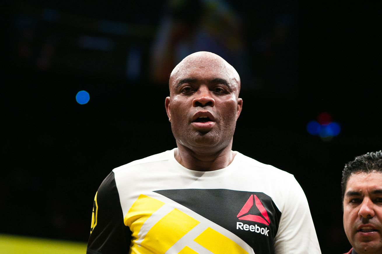 community news, Anderson Silva says Conor McGregor has clear flaws, believes he should fight Floyd Mayweather Jr.