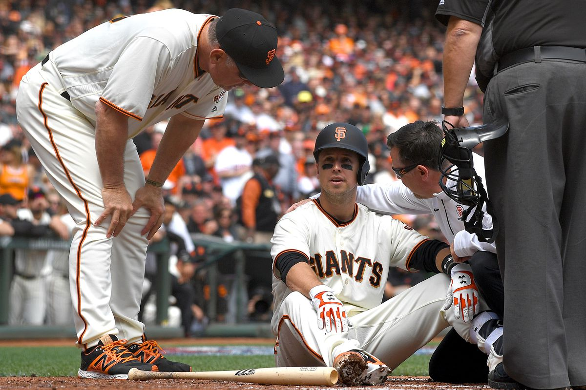 Panik delivers as Giants beat Royals 2-1 in 11 innings