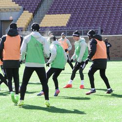 Minnesota United players had the opportunity to practice on TCF Bank Stadium's artificial turf pitch.