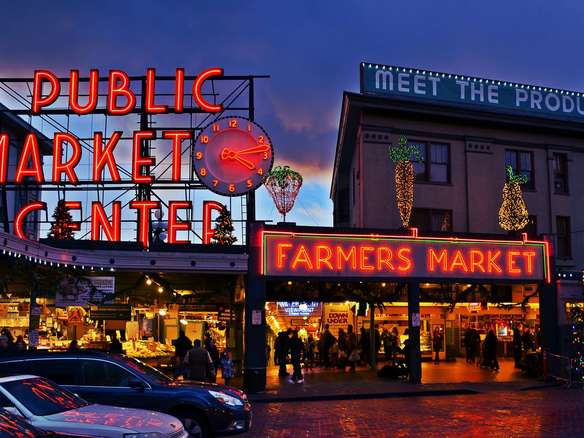 Chefsteps guide to pike place market eater seattle for Fish market seattle