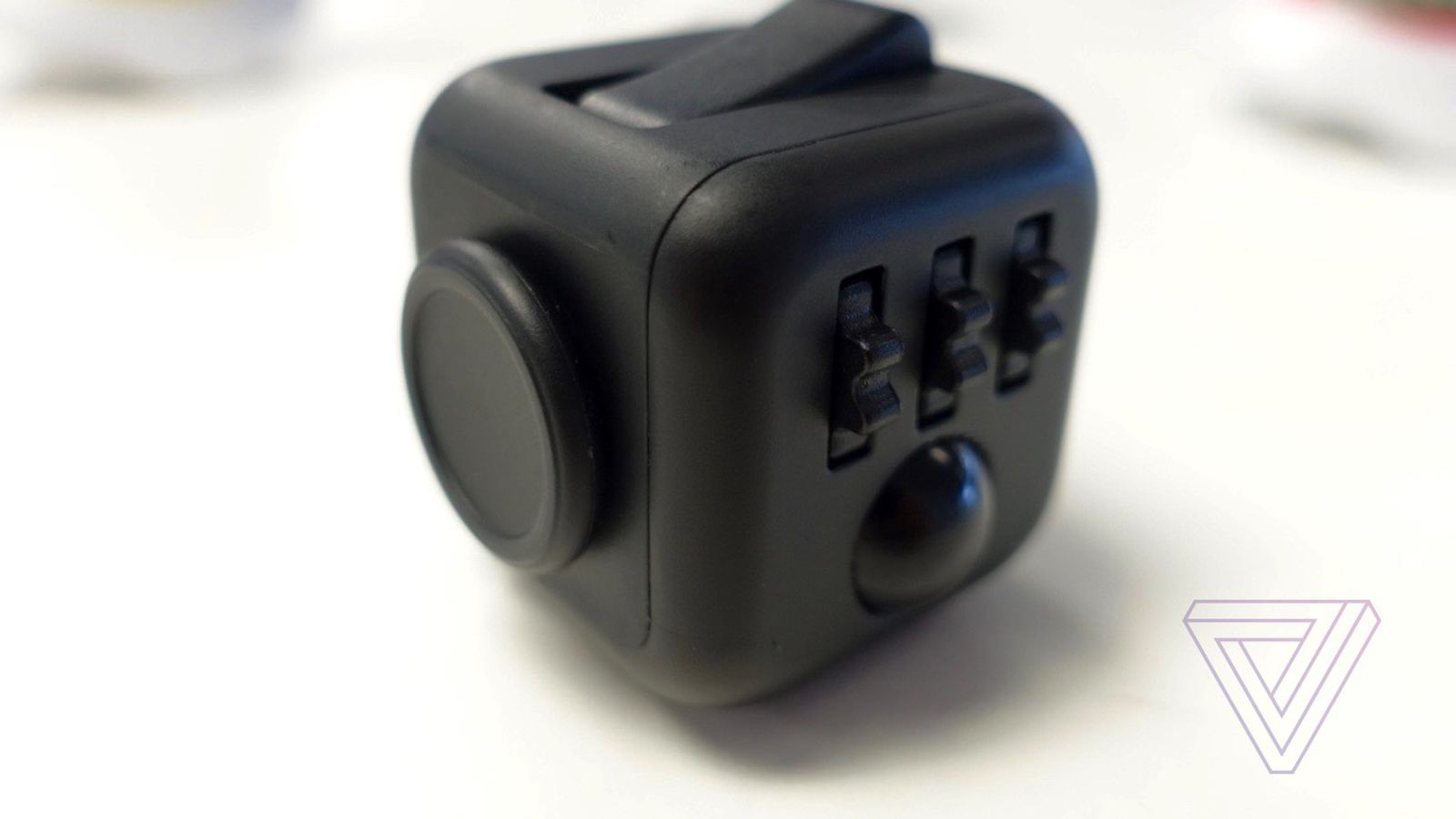 Image for The Fidget Cube is basically a baby toy for adults and I love it - The Verge
