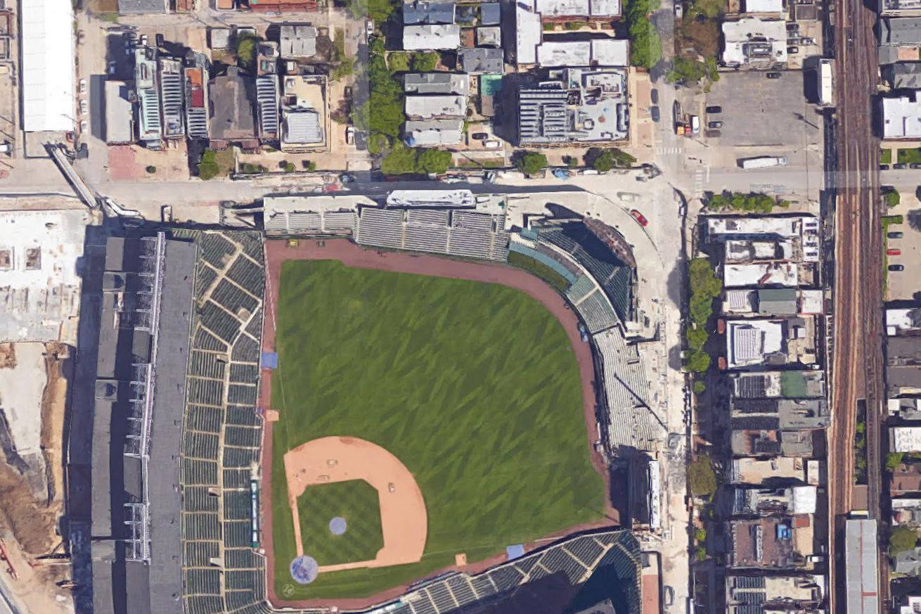 measuring the home runs in wrigley field history